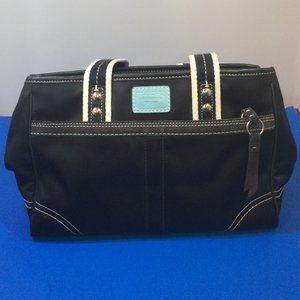 Coach Hamptons Nylon Handbag 10662. No Hang Tag